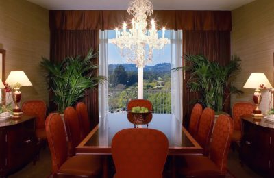 Beverly Hilton Presidential Suite Dining Room