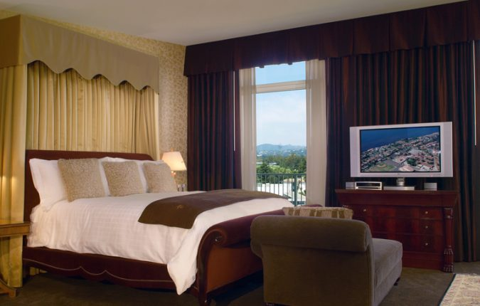 Beverly Hilton Presidential Suite Bedroom