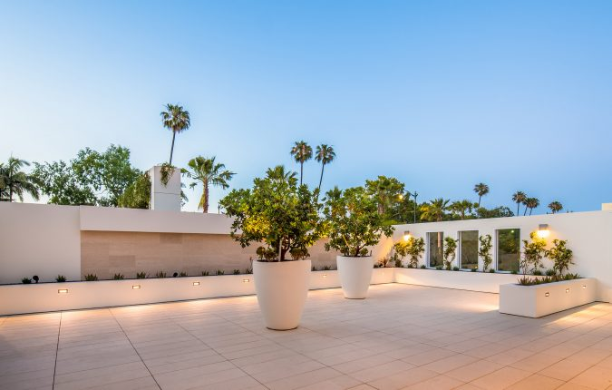Beverly Hilton California Terrace