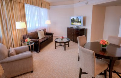 Beverly Hilton Oasis suite