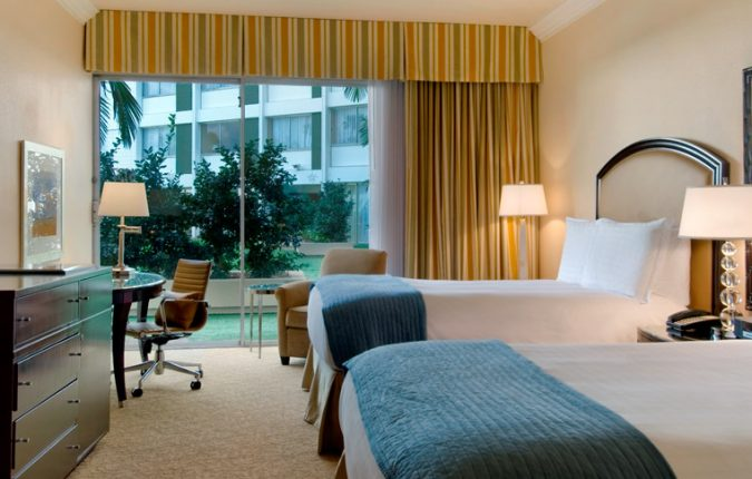 Beverly Hilton Oasis room