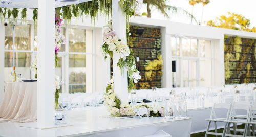 Sunny garden wedding at The Beverly Hilton
